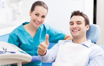 Choosing the right dentist for your needs is one way to give you the best chance of maximizing your oral health.
